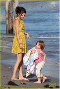 th 32462 Selenatag9 123 114lo Selena Gomez   hanging with family at a beach in Malibu 02/17/12