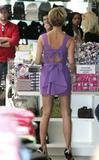 123mike HQ pictures of Victoria Th_03248_Victoria_Beckham_shopping_in_Beverly_Hills_019_123_172lo