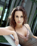 Lacey Chabert Was this thread deleted? She's almost showing seethrough. Foto 31 (Лэйси Чэберт Был удален этой теме?  Фото 31)
