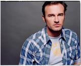 th_88942_celebrity_city_Julian_McMahon_14_123_395lo.jpg
