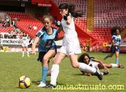 http://img142.imagevenue.com/loc425/th_35847_soccersix2_122_425lo.jpg