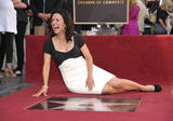 th_04316_JLD_honored_with_star_on_hollywood_walk_of_fame_03_122_426lo.jpg