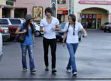 *ADDS* Miley Cyrus - Out & About with pals in Los Angeles 01/10/09- 60 MQ/HQish tagged