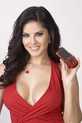 Санни Леоне, фото 1458. Sunny Leone Chaze Mobile Promo Shots, foto 1458