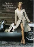 Naomi Watts attends the Costume Institute Gala celebrating Chanel at The Metropolitan Museum of Art (May 2, 2005) Foto 489 (Наоми Вотс приняла участие в гала Института костюма Шанель отмечать на сцене Метрополитен-музее изобразительных искусств (2 мая 2005) Фото 489)