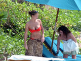Gemma Atkinson - Red Bikini In Cuba 07/05/08 - Massive tits and very blue eyes - Foto 515 (Джемма Аткинсон - Красное бикини в Кубе 07/05/08 - Массивные сиськи и очень синие глаза -- Фото 515)